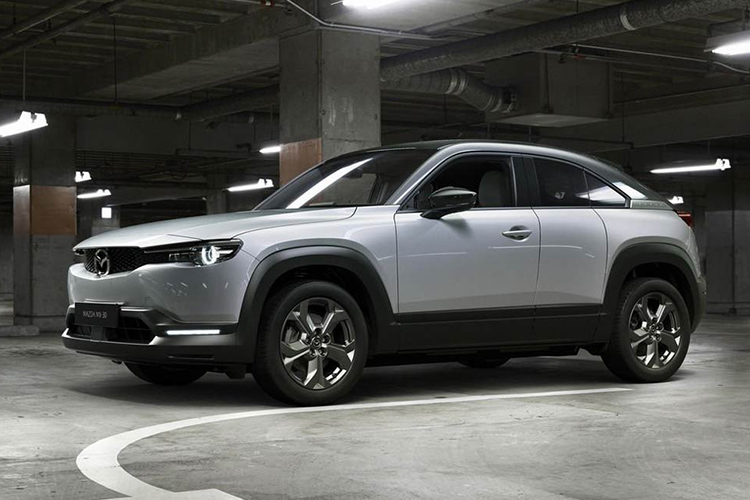 Кроссовер Mazda MX-30 станет гибридным