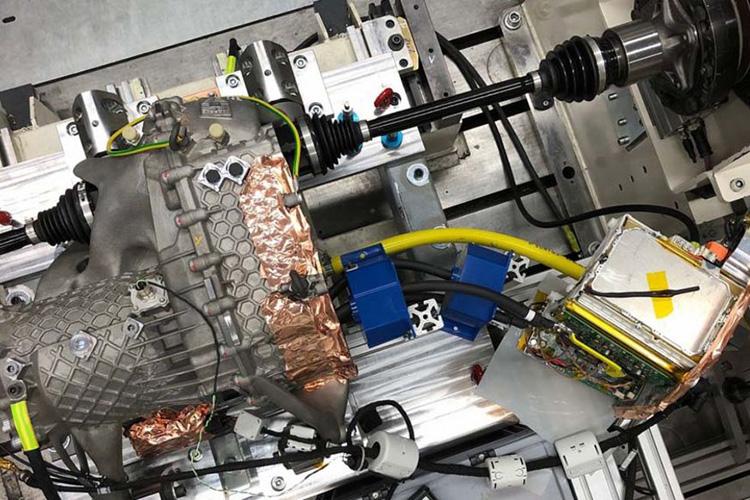 Компания Porsche напечатала в 3D оптимизированный электропривод