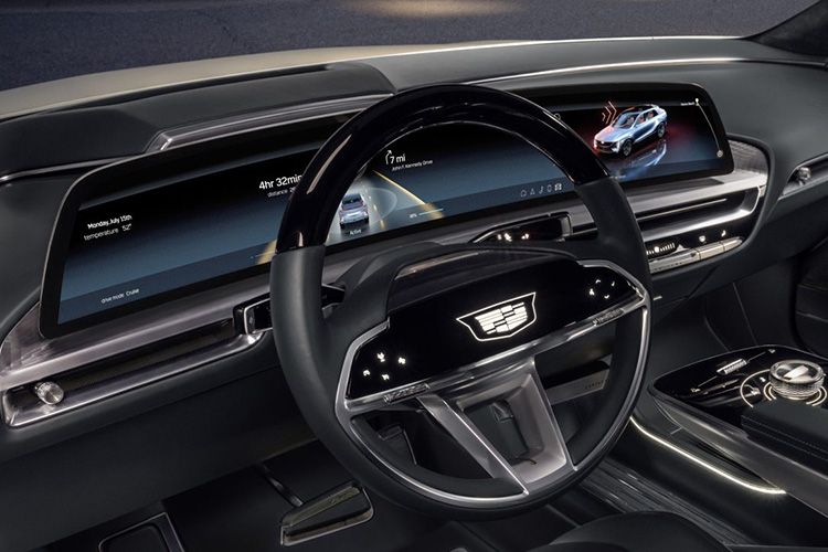 Cadillac Lyriq информационно-развлекательная система