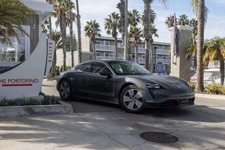 Porsche Taycan пересек США за рекордные для электромобиля 44 часа