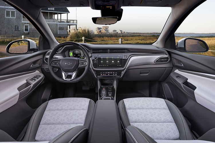 Chevrolet Bolt EUV интерьер