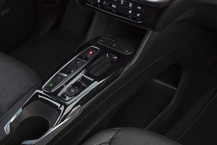 Chevrolet Bolt управление трансмиссией