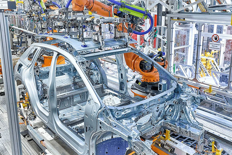 Audi Q4 e-tron встал на конвейер