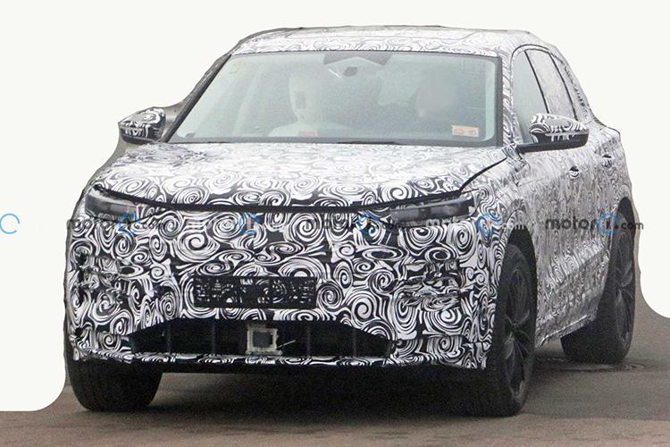 Audi Q5 e-tron на шпионских фотографиях