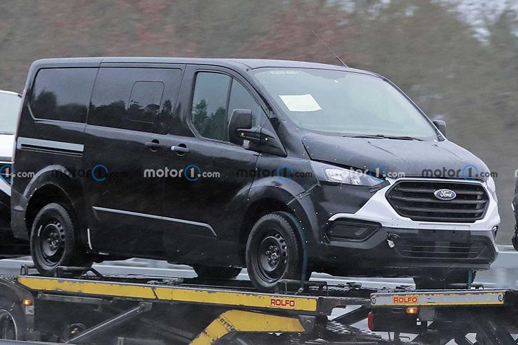 Ford Transit Custom следующего поколения шпионские фото