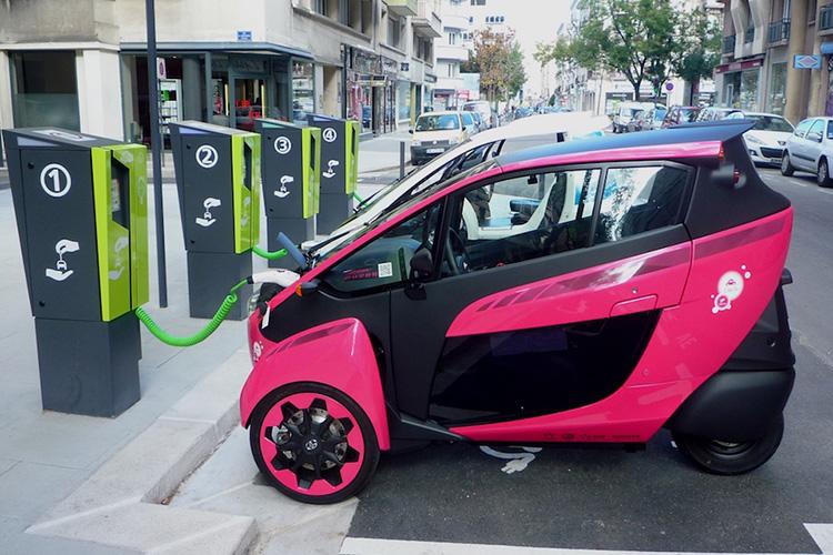 Таиланд собрался перейти на электромобили к 2035 году