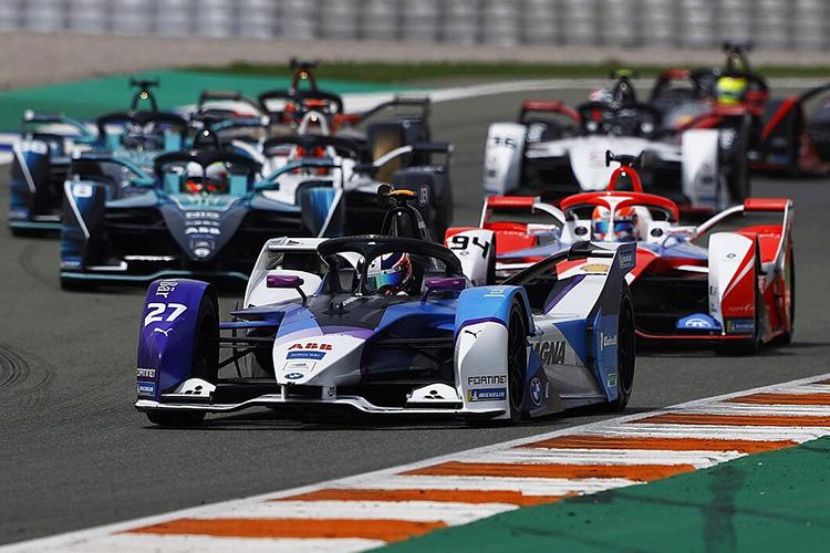 Джейк Деннис, BMW i Andretti Motorsport, BMW iFE.21, Alex Lynn, Mahindra Racing, M7Electro
