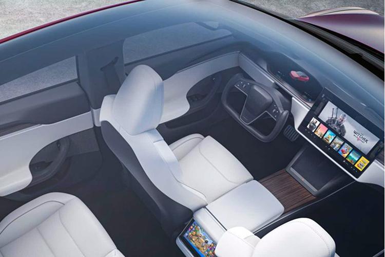 Tesla Model S прозрачная крыша