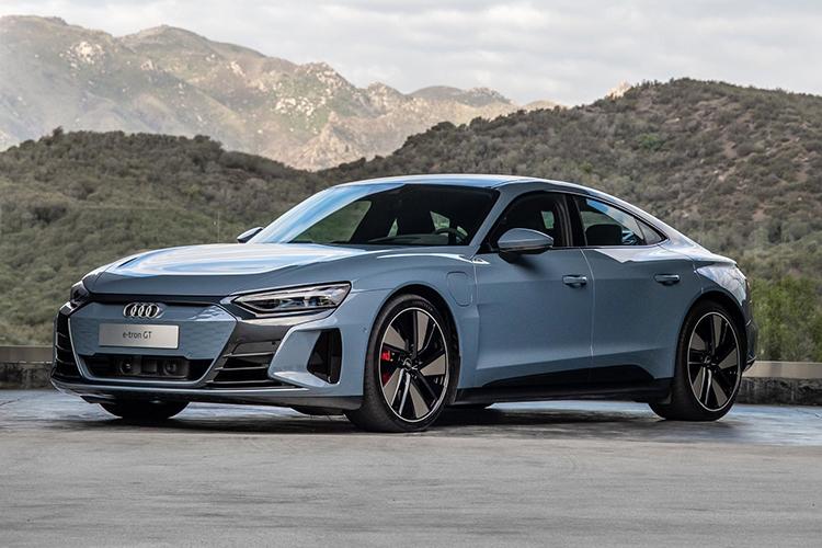 начались продажи Audi e-tron GT
