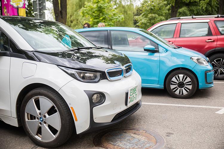 BMW i3 зарядка Malanka Минск