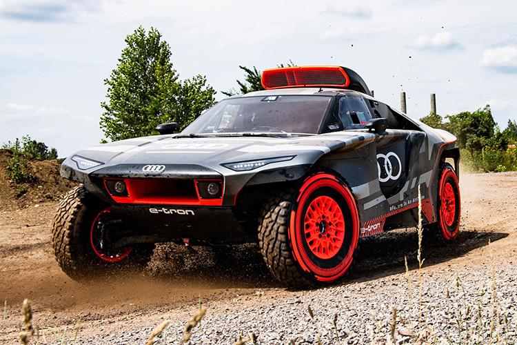 Audi RS Q e-tron ралли Дакар