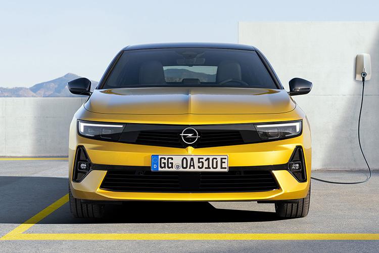 Opel Astra L гибрид