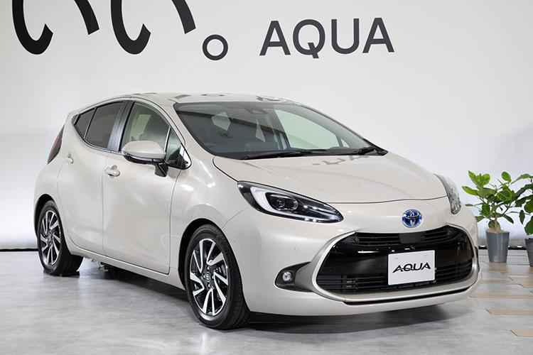 Toyota Aqua Prius c второе поколение