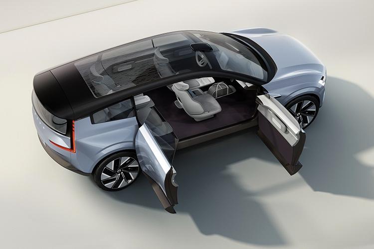 Volvo Concept Recharge open doors